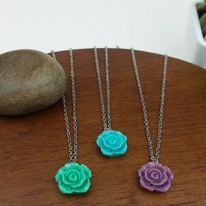 Rose Bead Choker Necklace